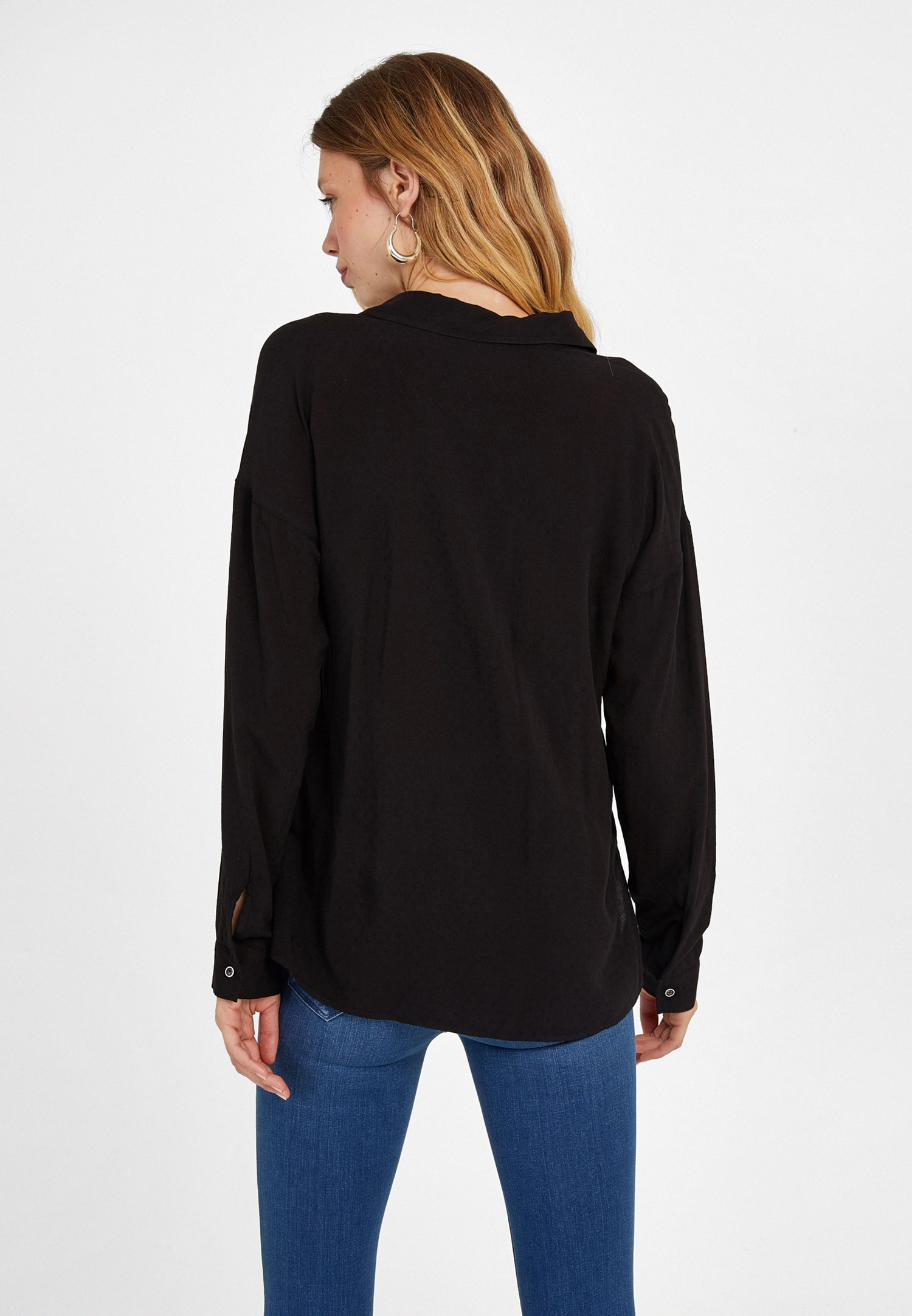 Bayan Siyah Kumaş Detaylı Viskon Gömlek