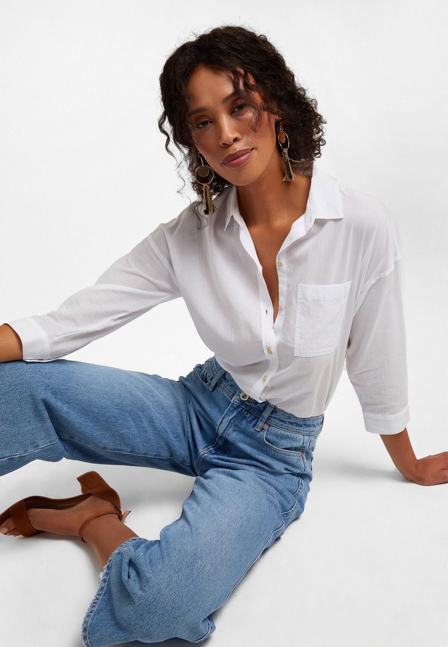 Bayan Beyaz Şerit Detaylı Bol Kesim Gömlek
