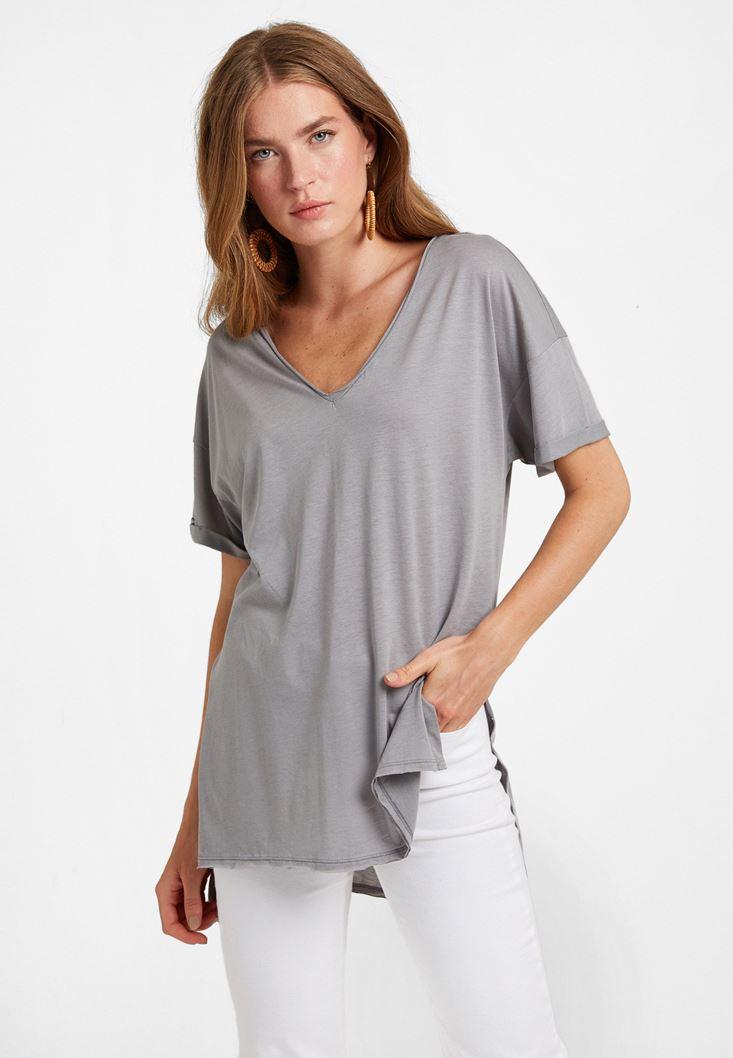 V Yaka Oversize Tişört