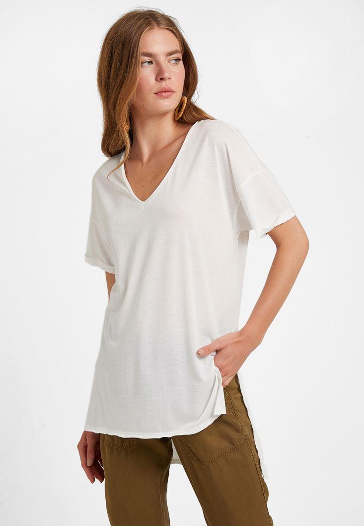 Krem V Yaka Oversize Tişört