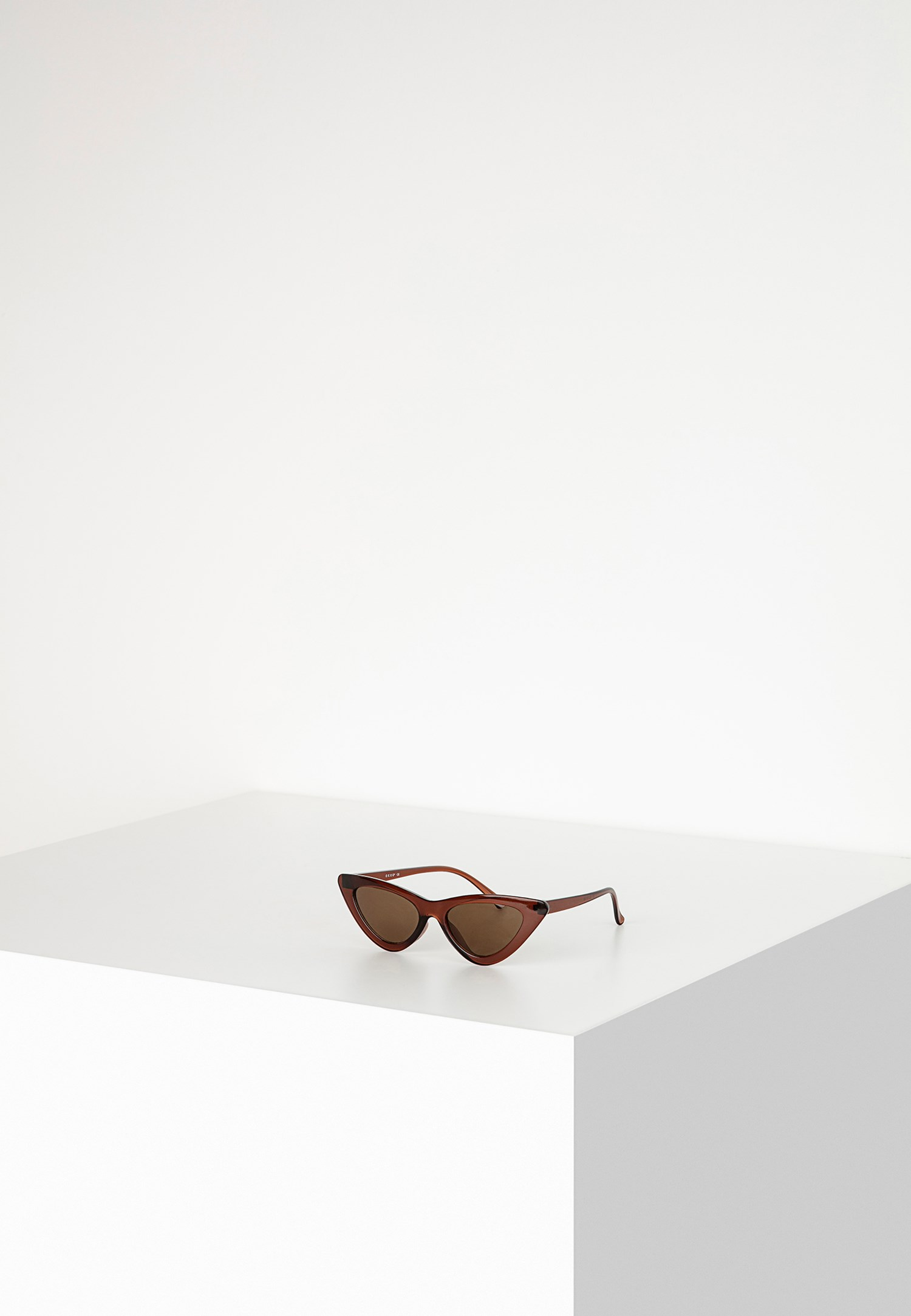 Bayan Kahverengi Cat-Eye Güneş Gözlüğü