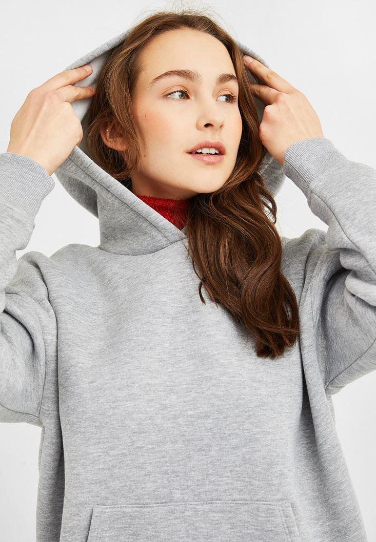 Gri Kapüşonlu Oversize Sweatshirt