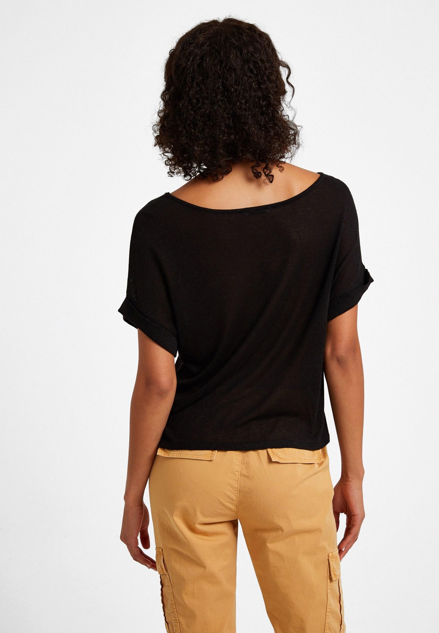Bayan Siyah Bot Yaka Keten Tişört