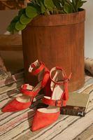 Bayan Turuncu Toka Detaylı Topuklu Ayakkabı