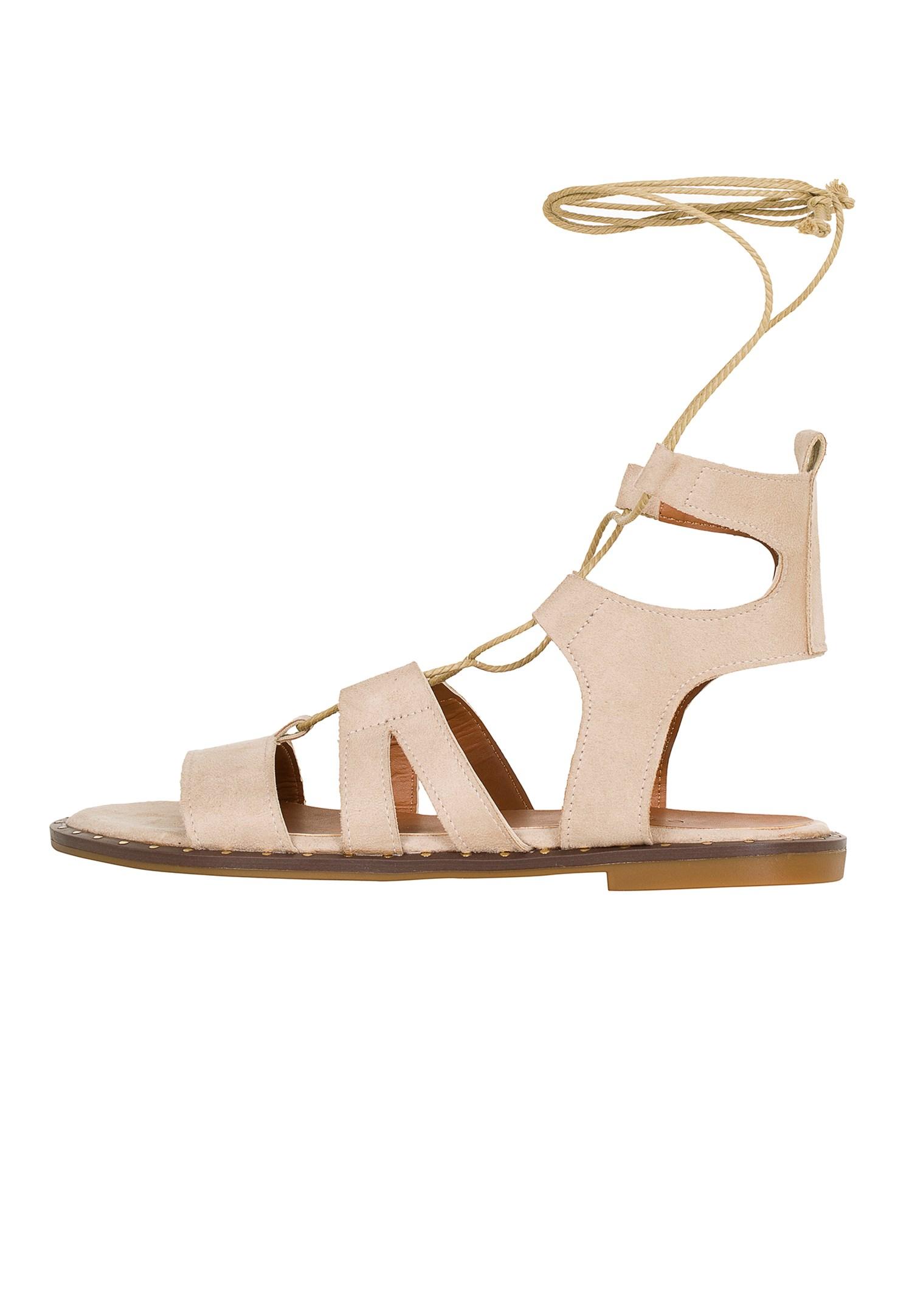 Bayan Krem Bağlama Detaylı Düz Sandalet