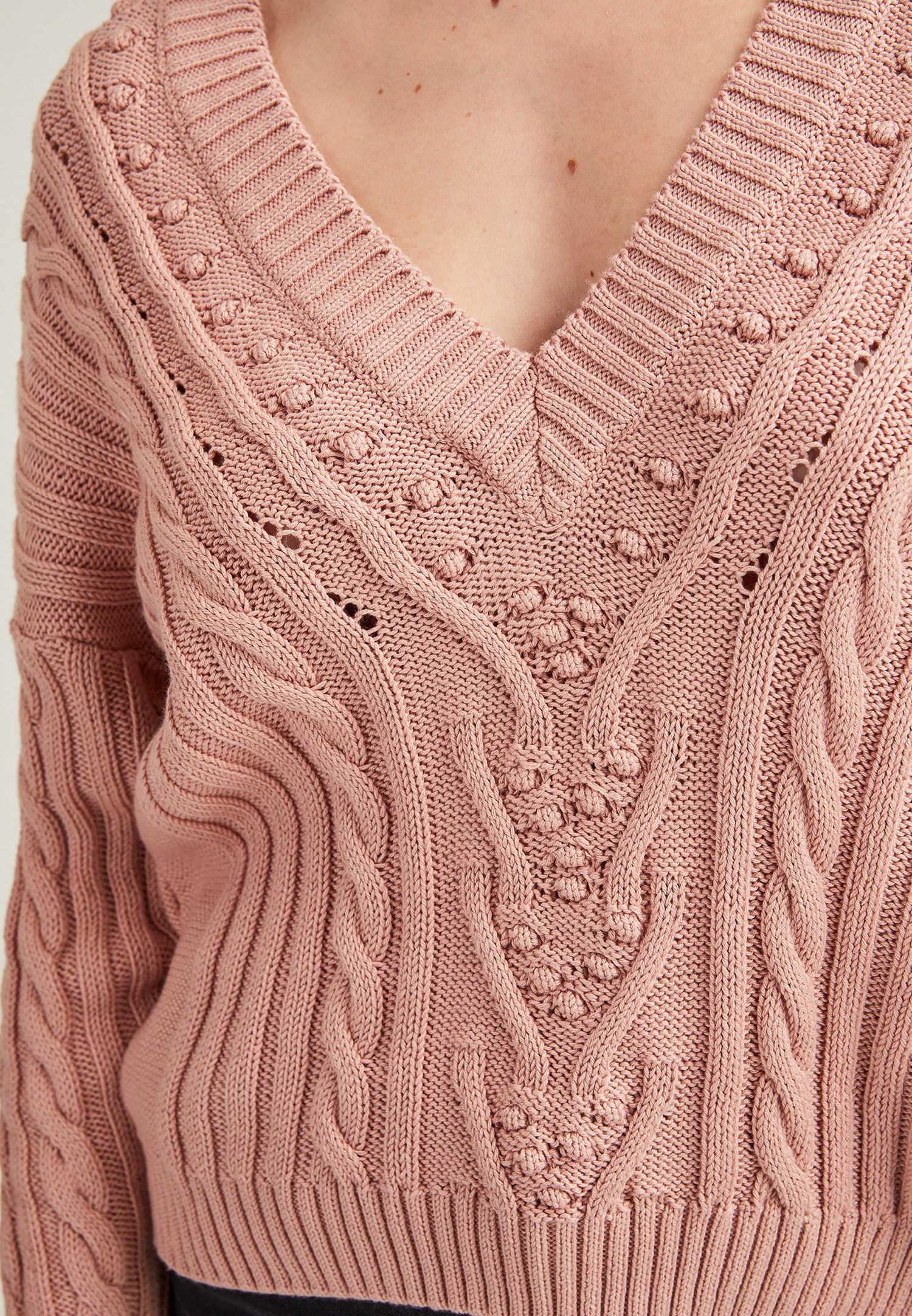 Women Pink V-Neck Knitted Pullover