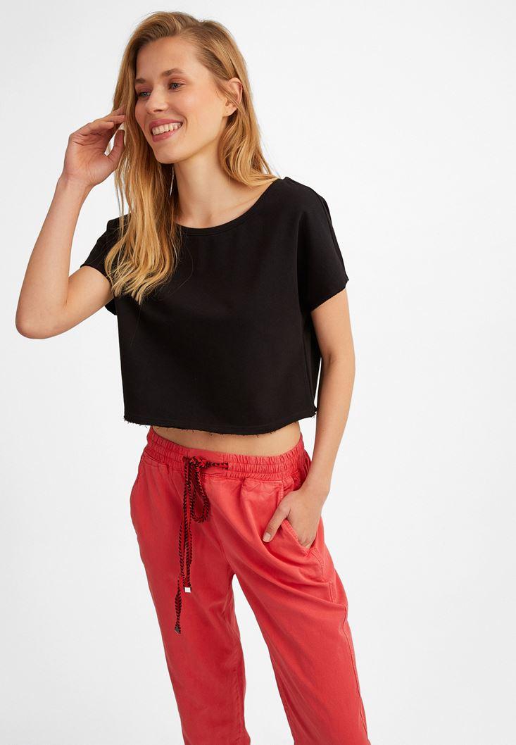 Siyah Kayık Yaka Kısa Sweatshirt