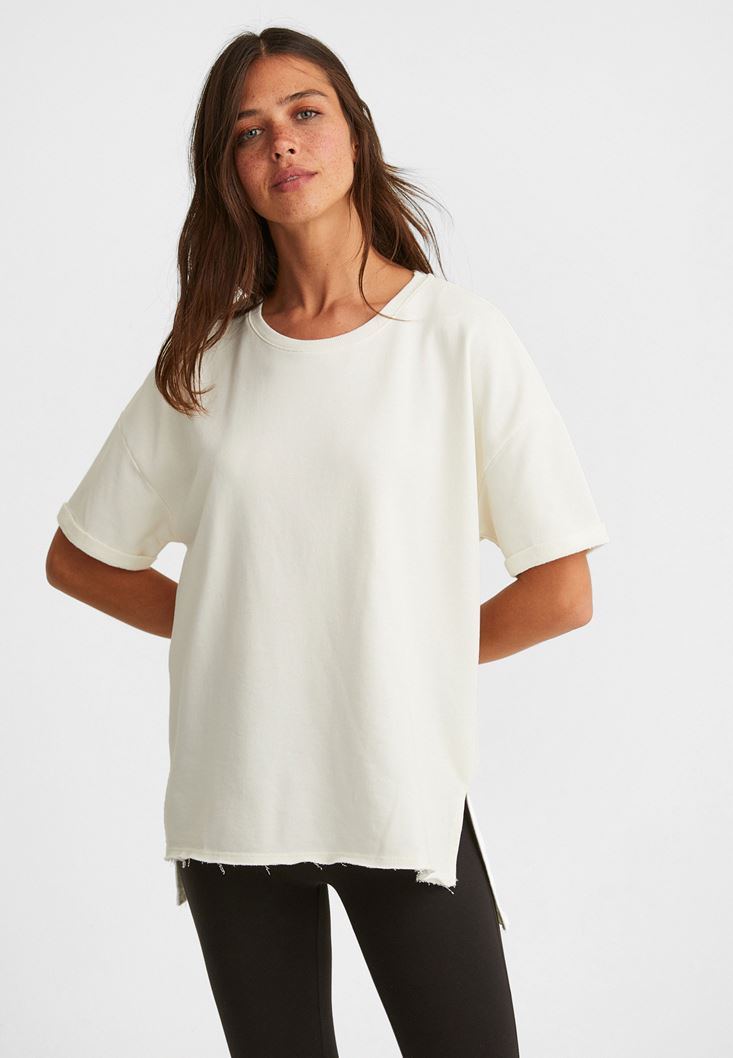 Krem Sıfır Yaka Oversize Tişört