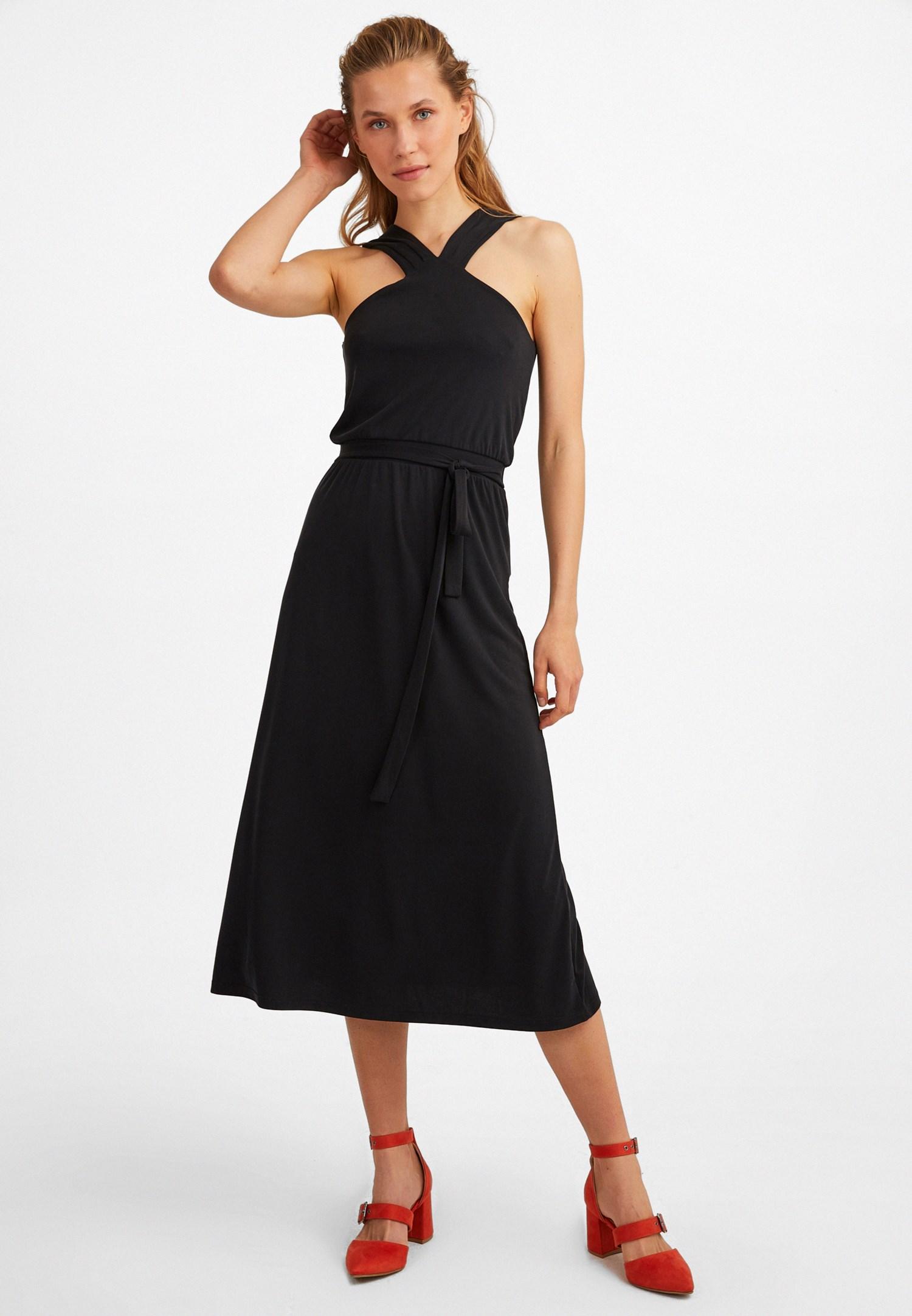 Bayan Siyah Yaka Detaylı Midi Elbise