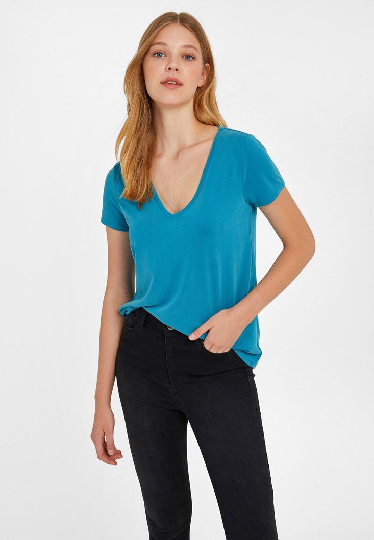 Mavi V Yaka Yumuşak Dokulu Tişört