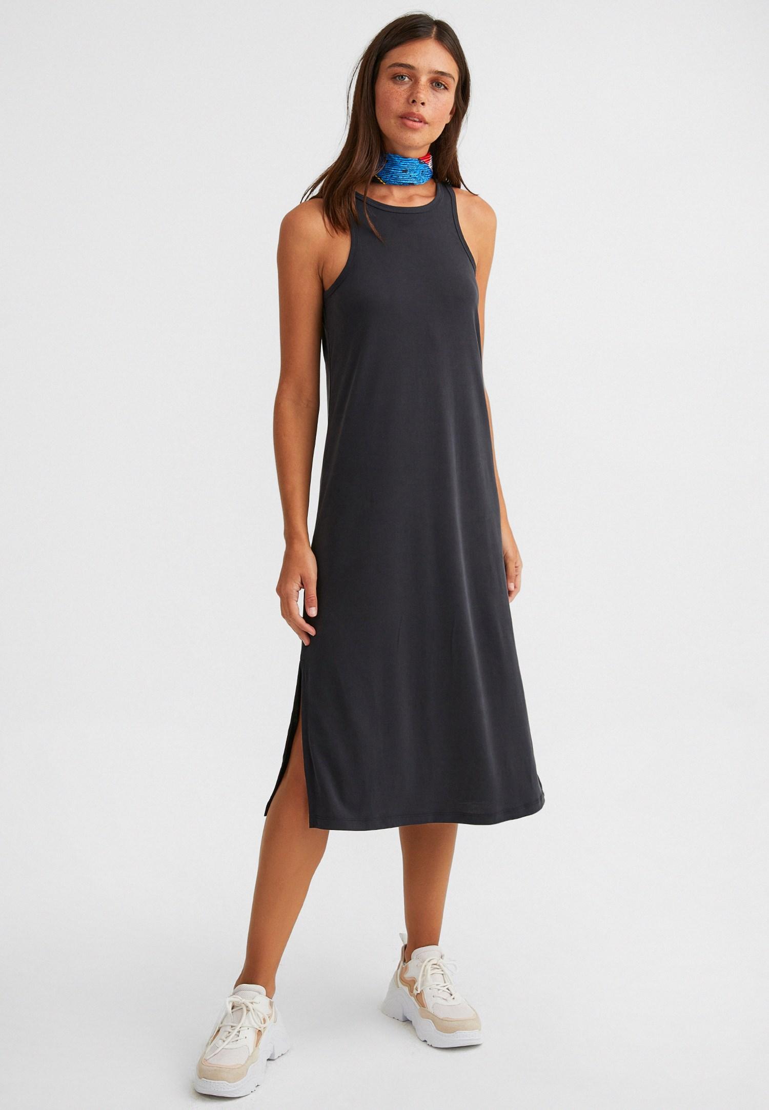 Bayan Siyah Yumuşak Dokulu Halter Yaka Elbise