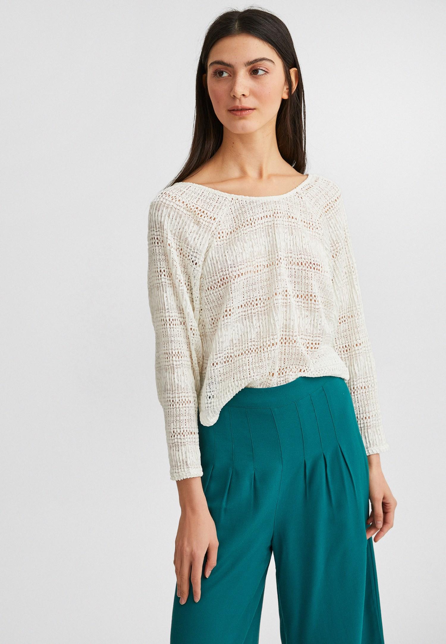 Bayan Krem Dantel Görünümlü Bluz
