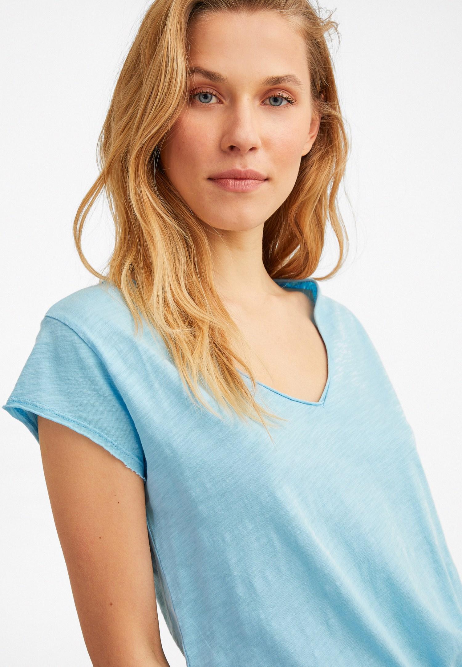Bayan Mavi Kısa Kollu V Yaka Tişört