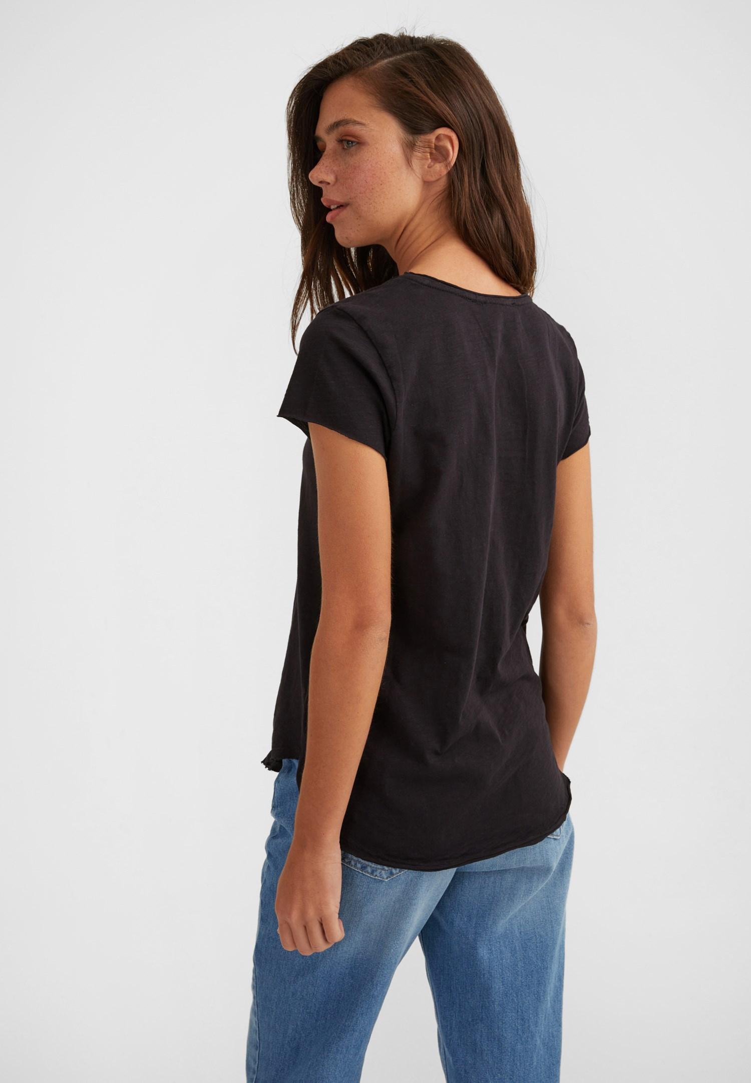 Bayan Siyah Kısa Kollu U Yaka Tişört