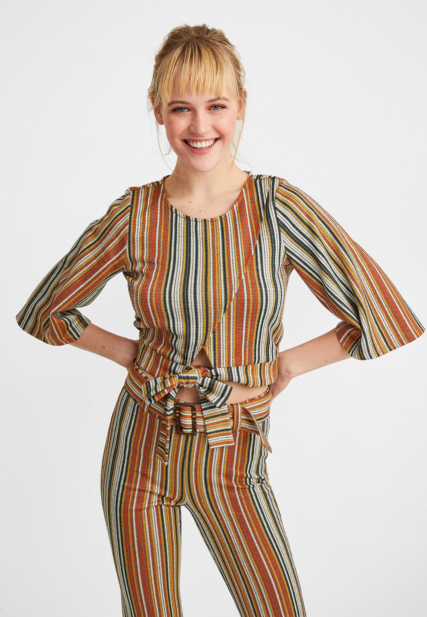 Bayan Çok Renkli Bağlama Detaylı Bluz
