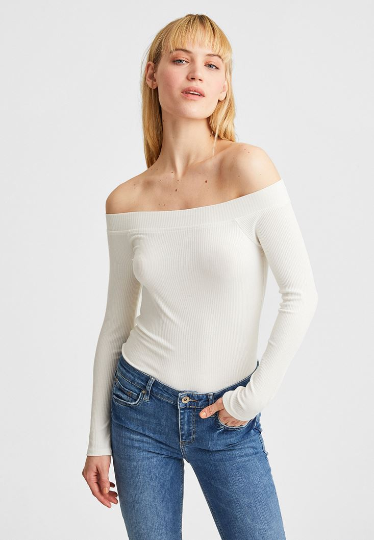 Cream Off-Shoulder  Blouse