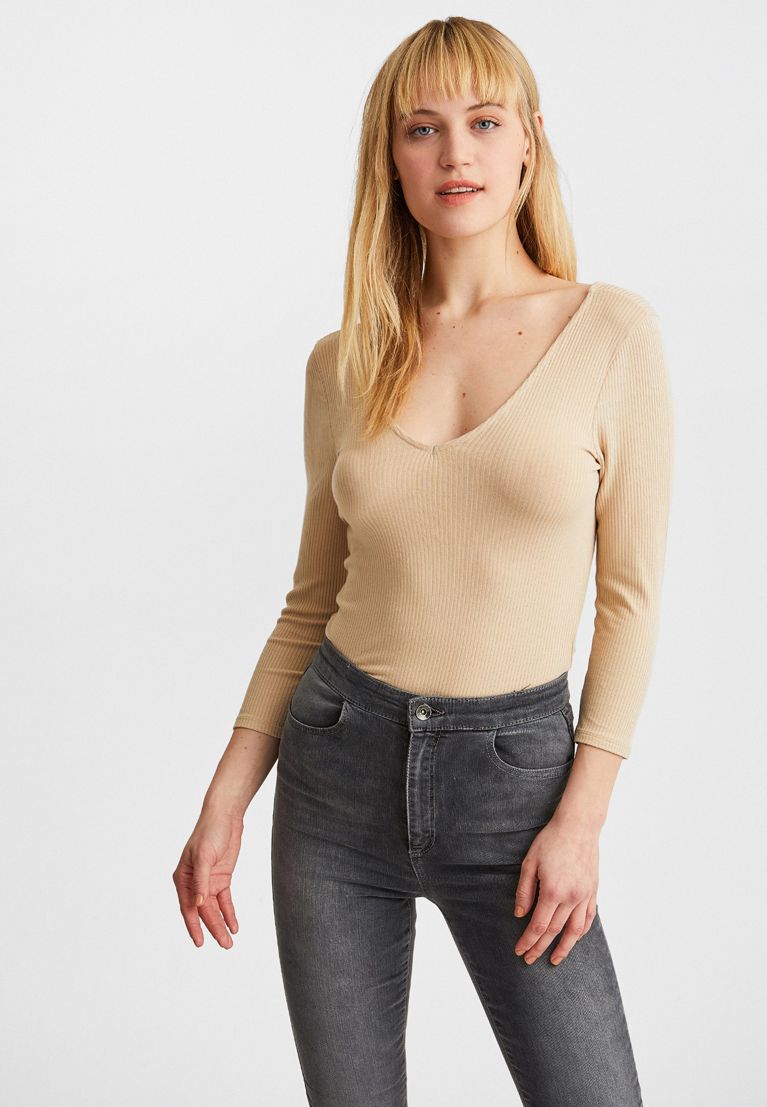 Women Cream V-Neck Long Sleeve Blouse