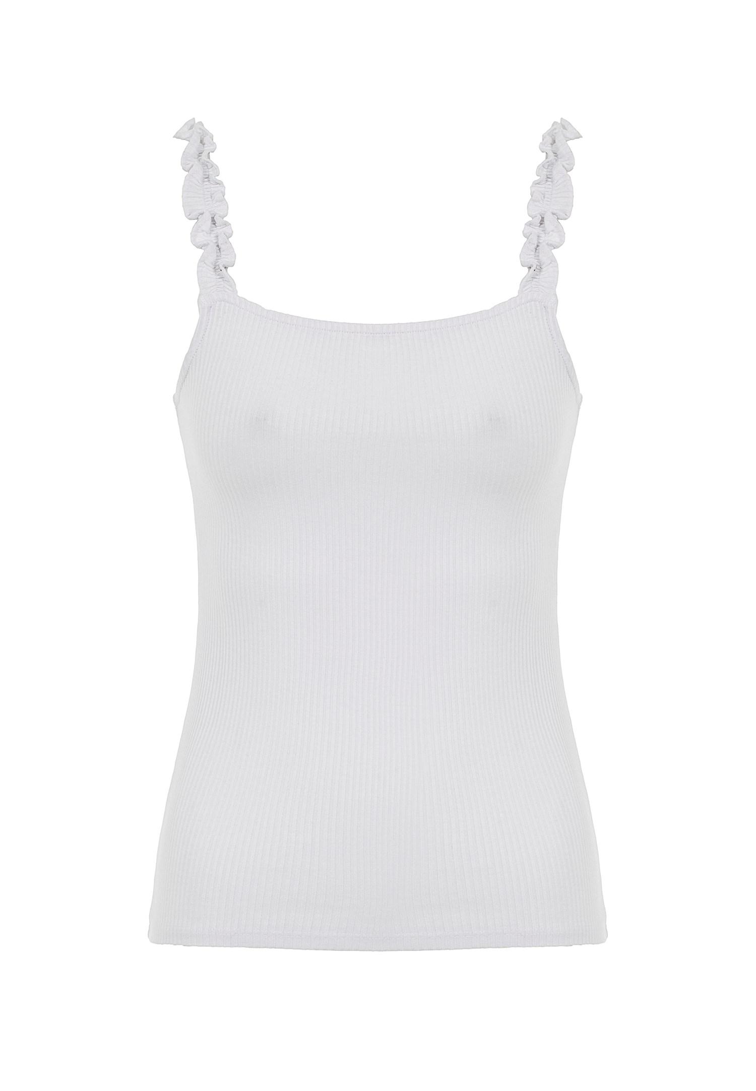Bayan Beyaz Askıları Fırfır Detaylı Bluz