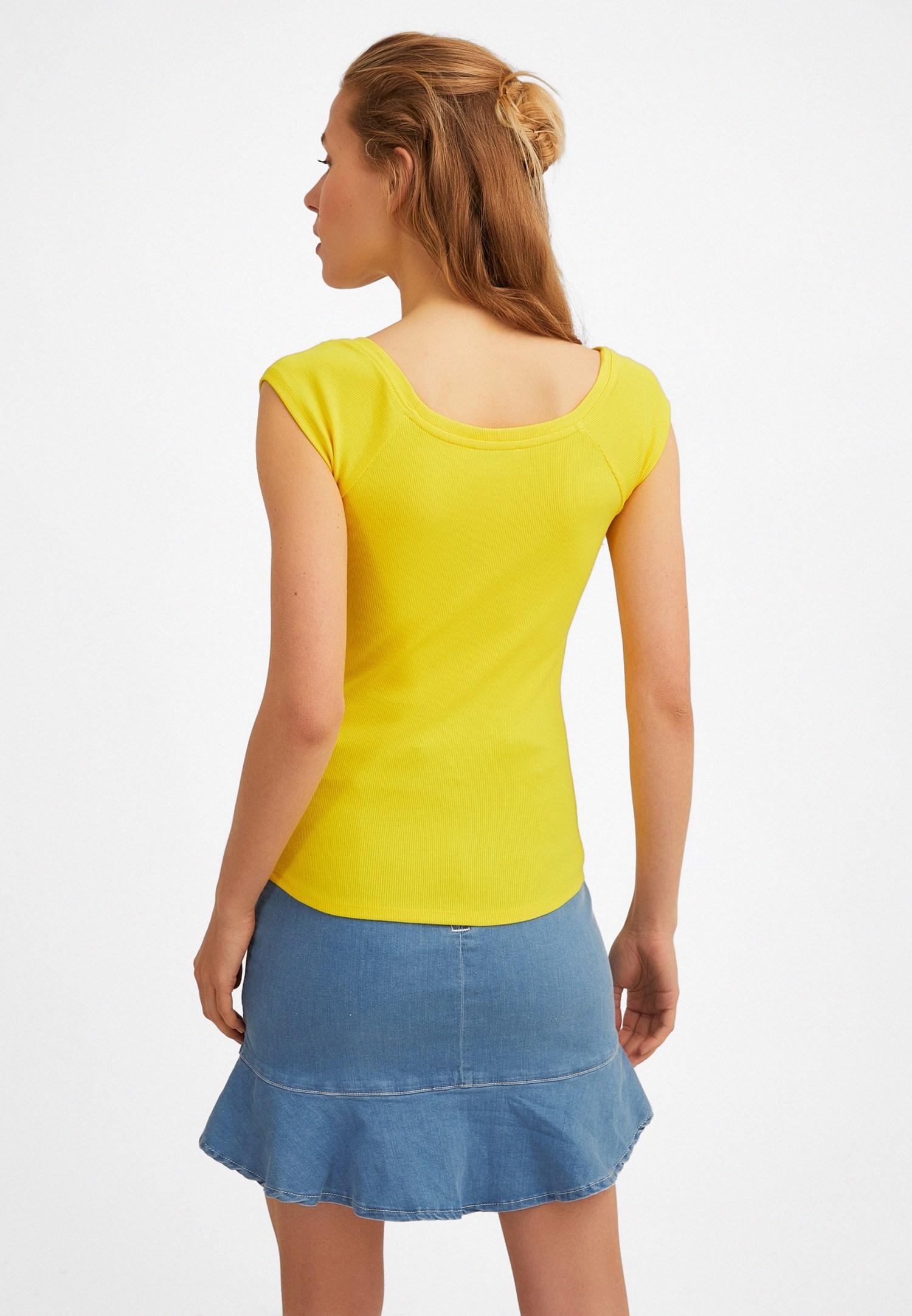 Bayan Sarı Yarım Kollu Basic Tişört