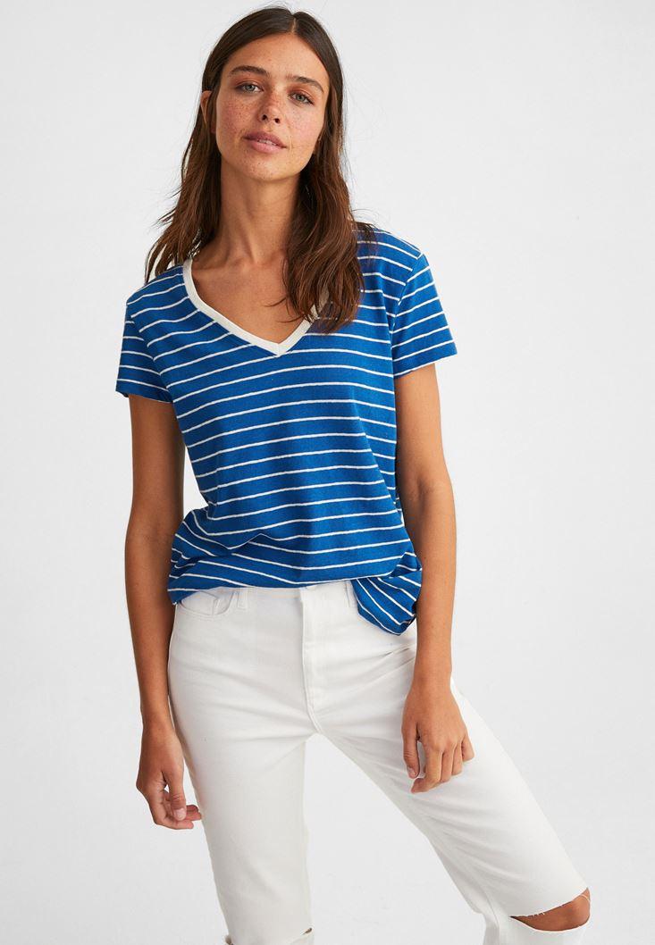 Mavi V Yaka Çizgili Keten Tişört