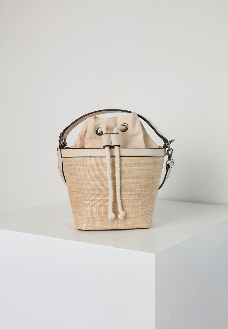Cream Straw Bucket Bag