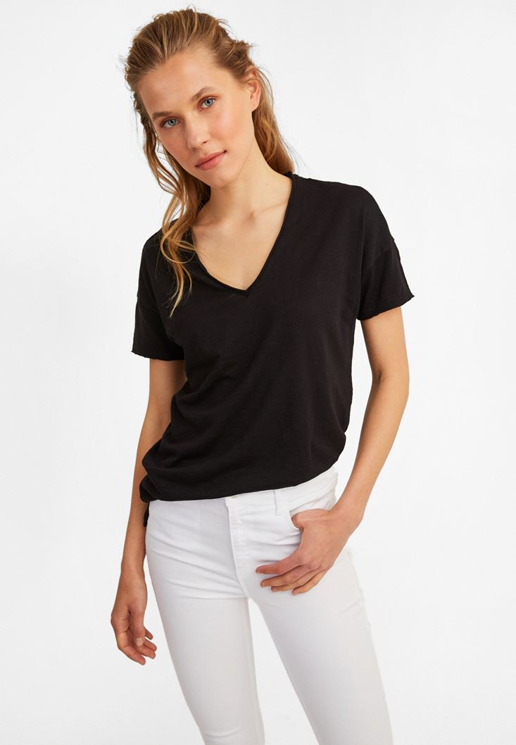 Black V-Neck Long T-Shirt