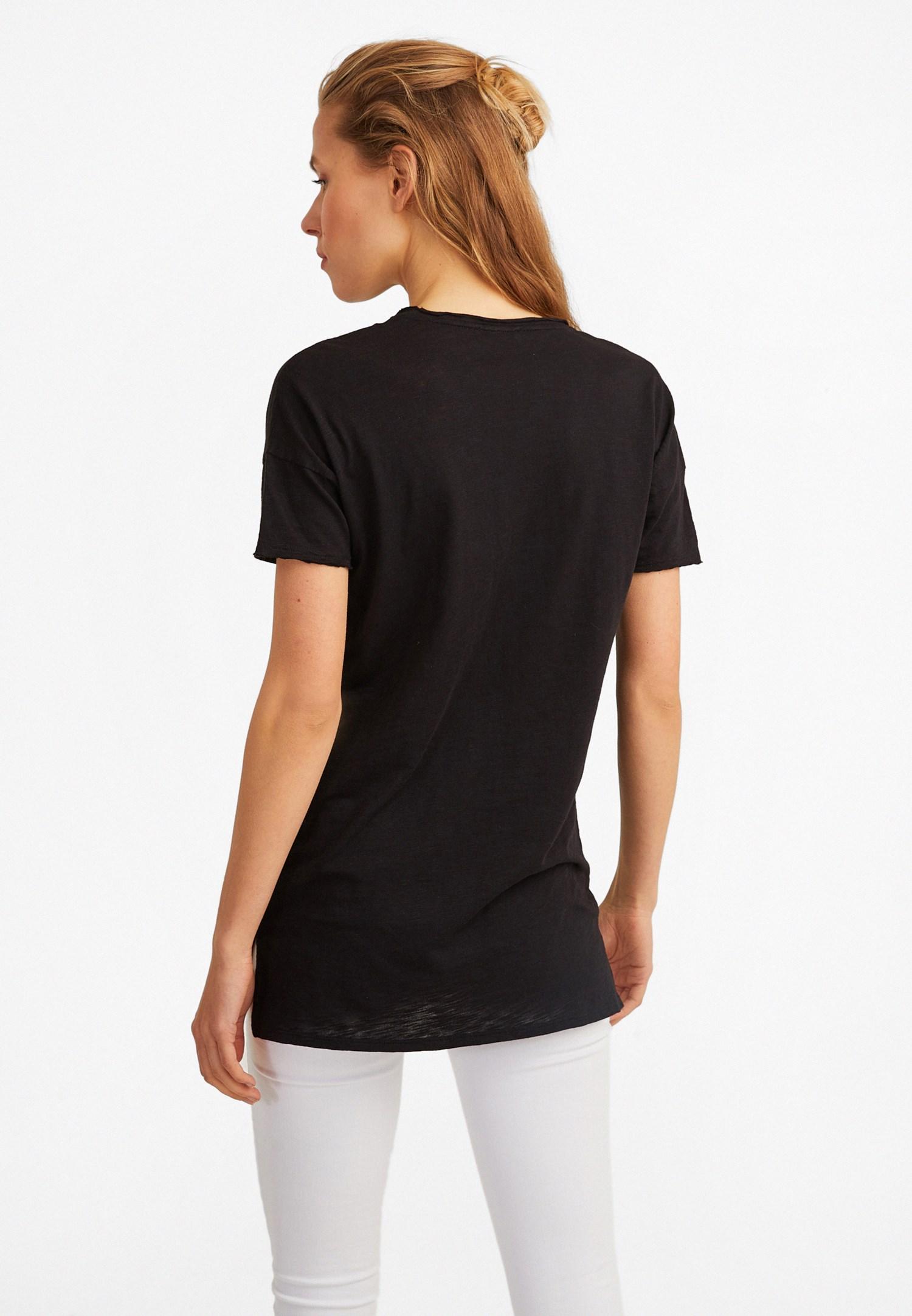 Bayan Siyah V Yaka Uzun Tişört