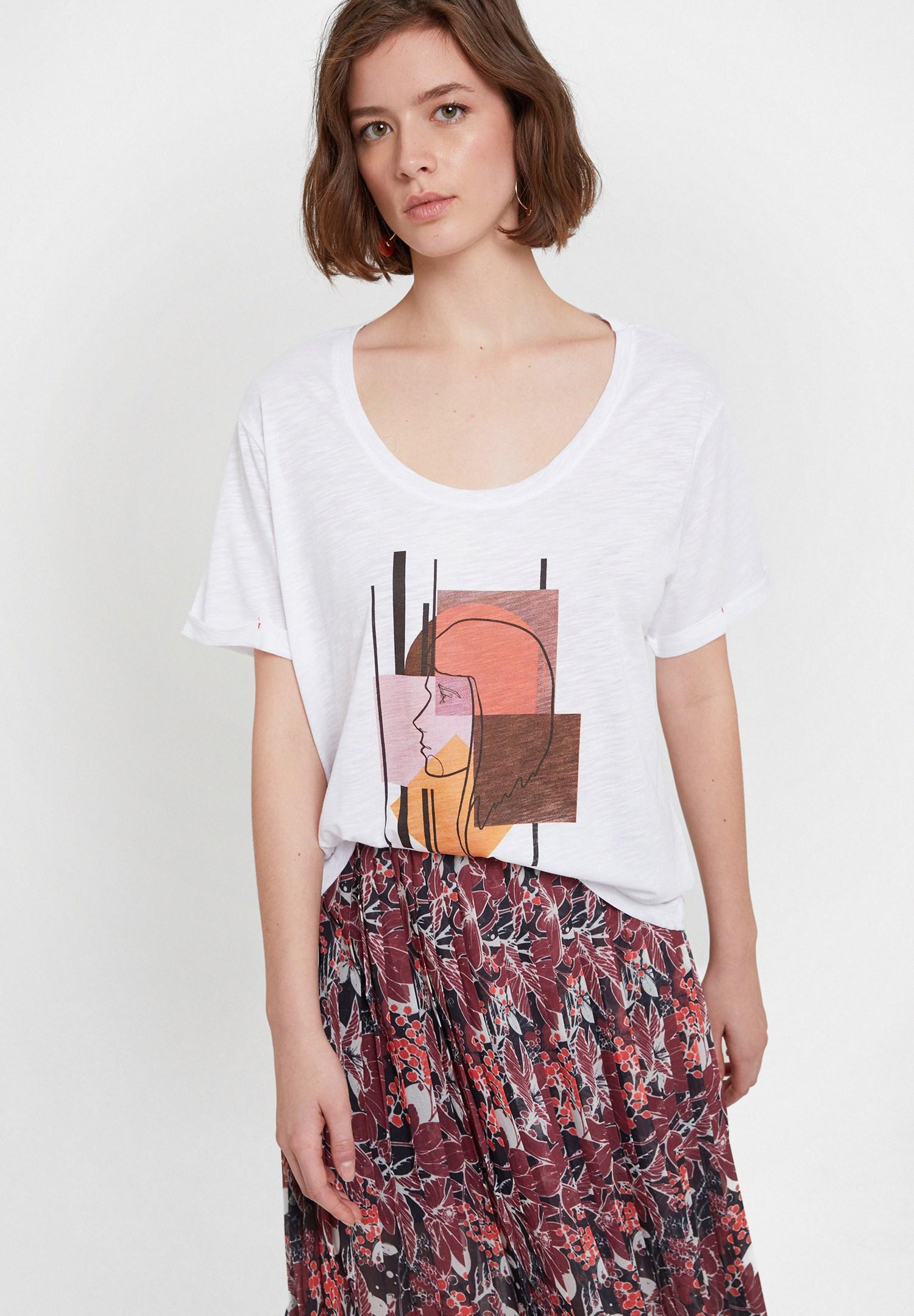Bayan Beyaz Baskılı U Yaka Detaylı Tişört