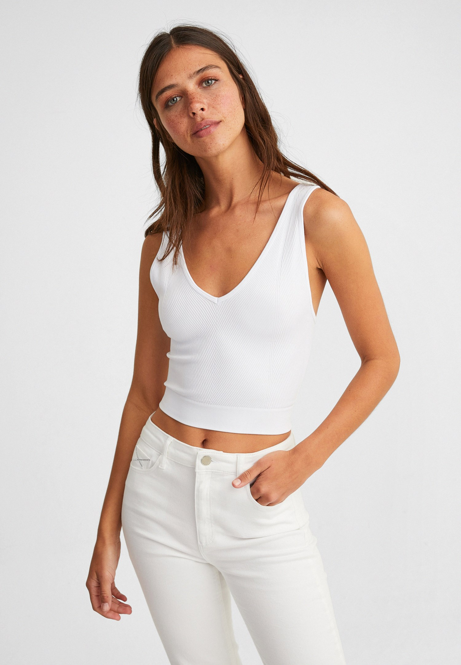 Women White Seamless Crop Top