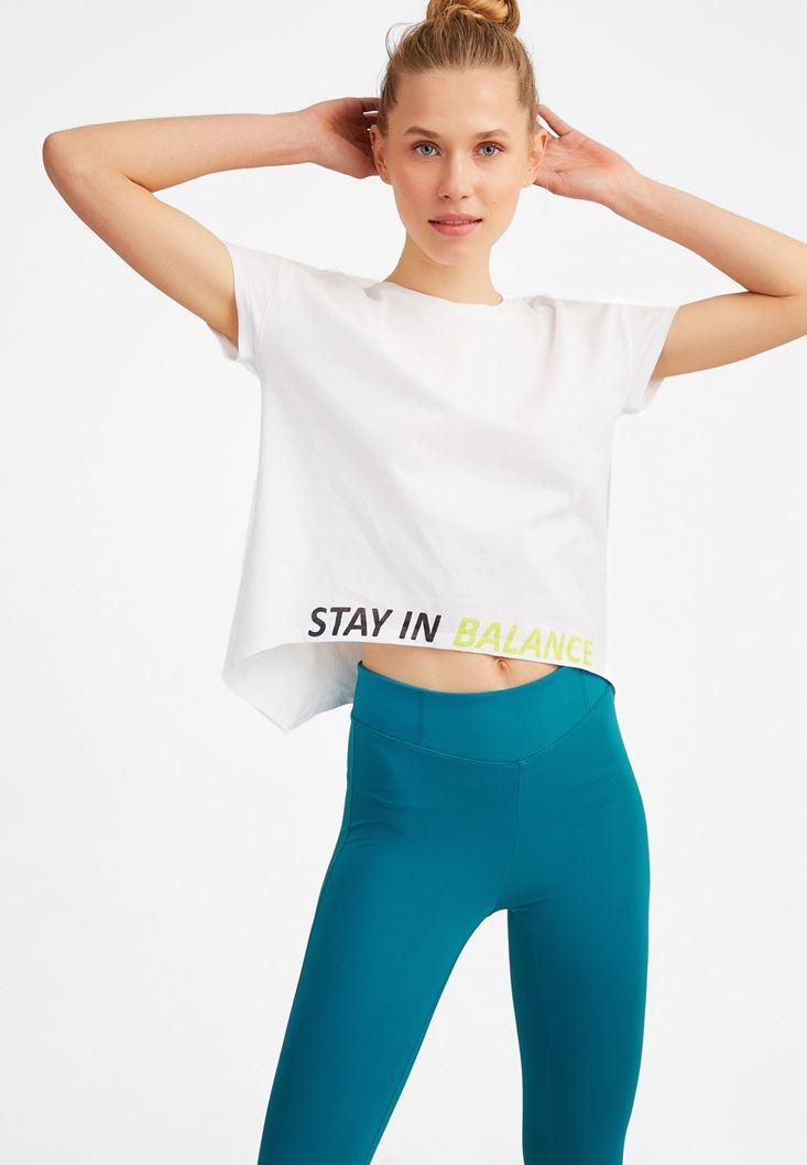 Beyaz Slogan Detaylı Asimetrik Tişört