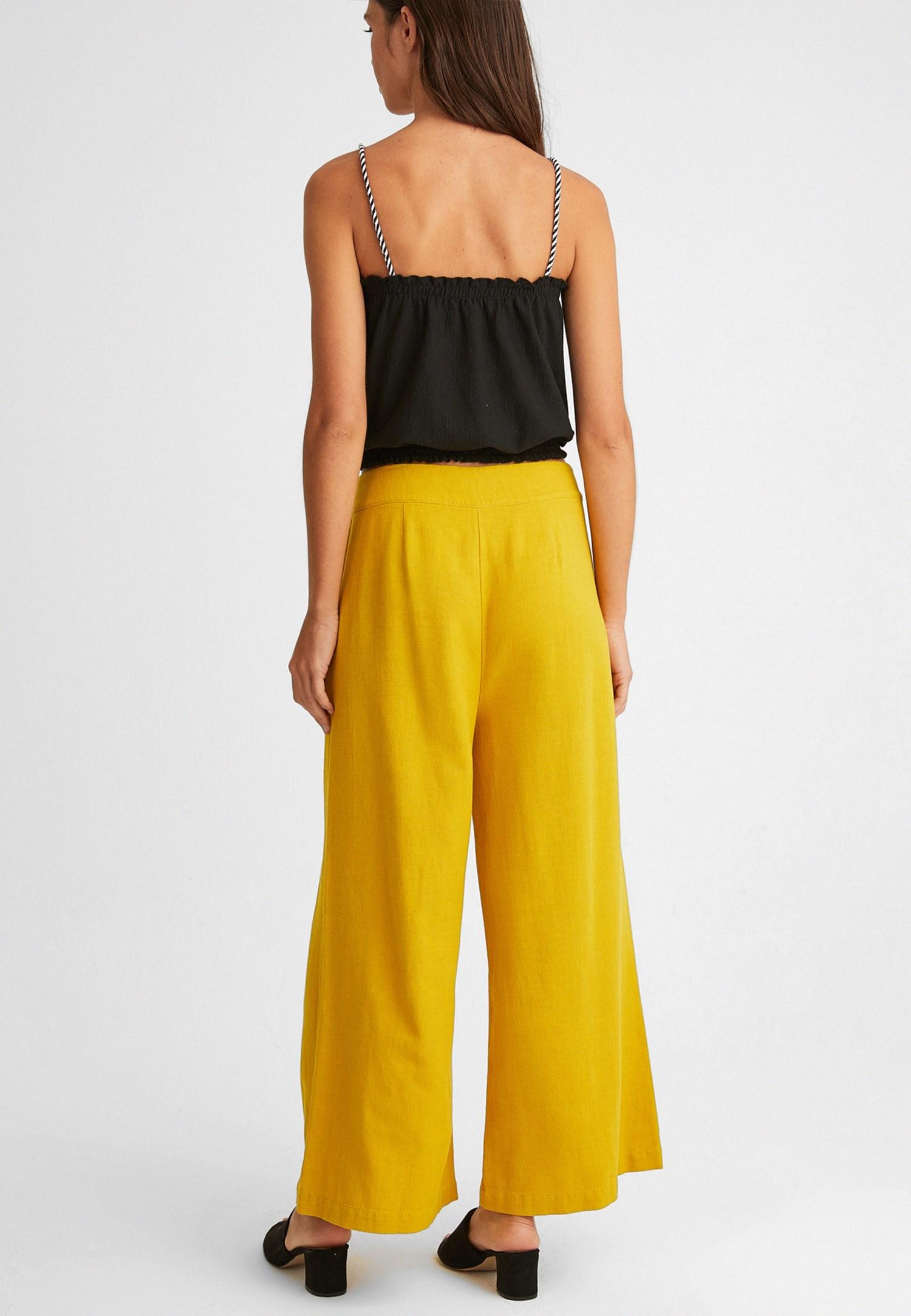 Bayan Sarı Düğme Detaylı Yüksek Bel Pantolon