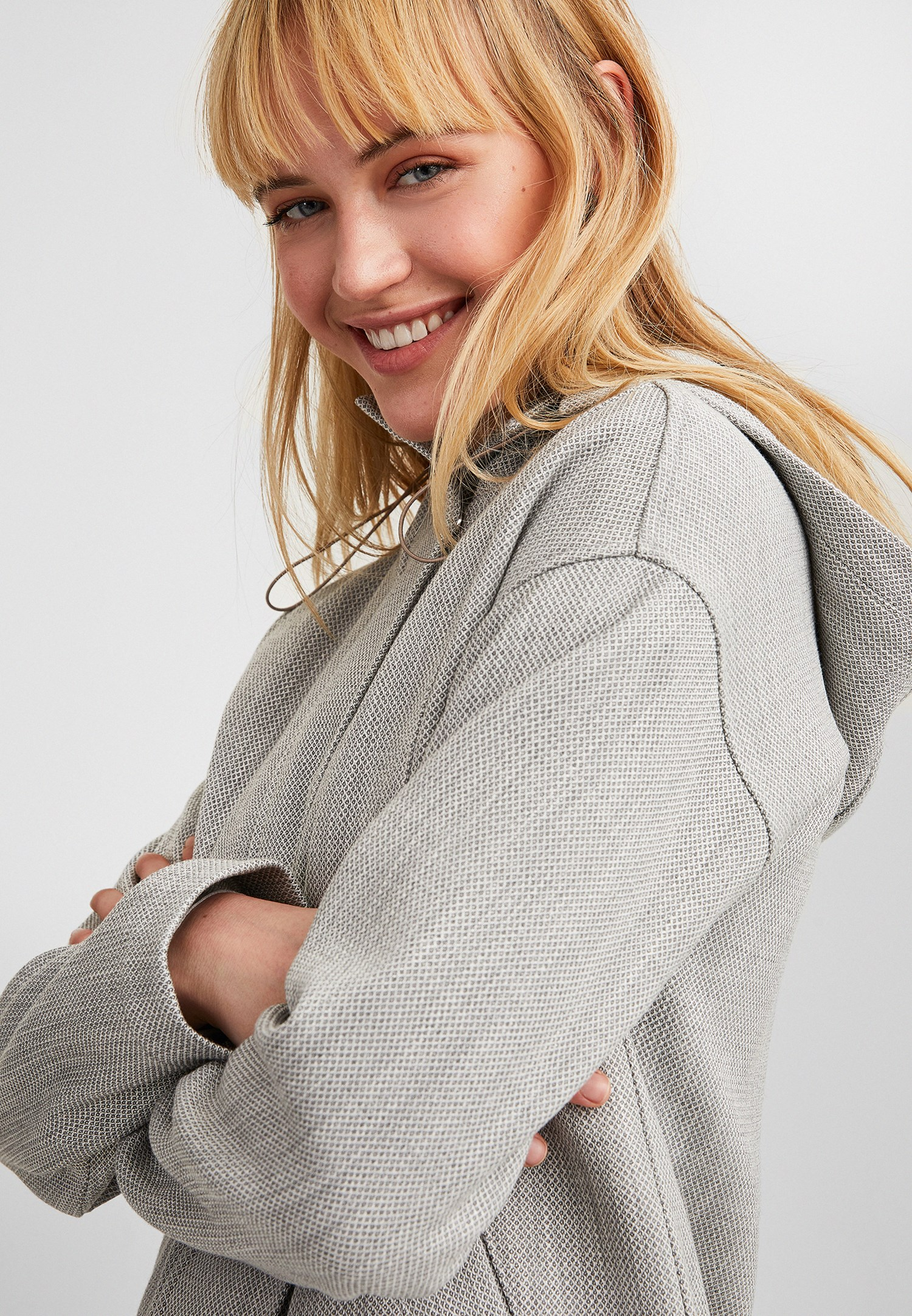 Bayan Gri Fermuar Detaylı Kapüşonlu Ceket