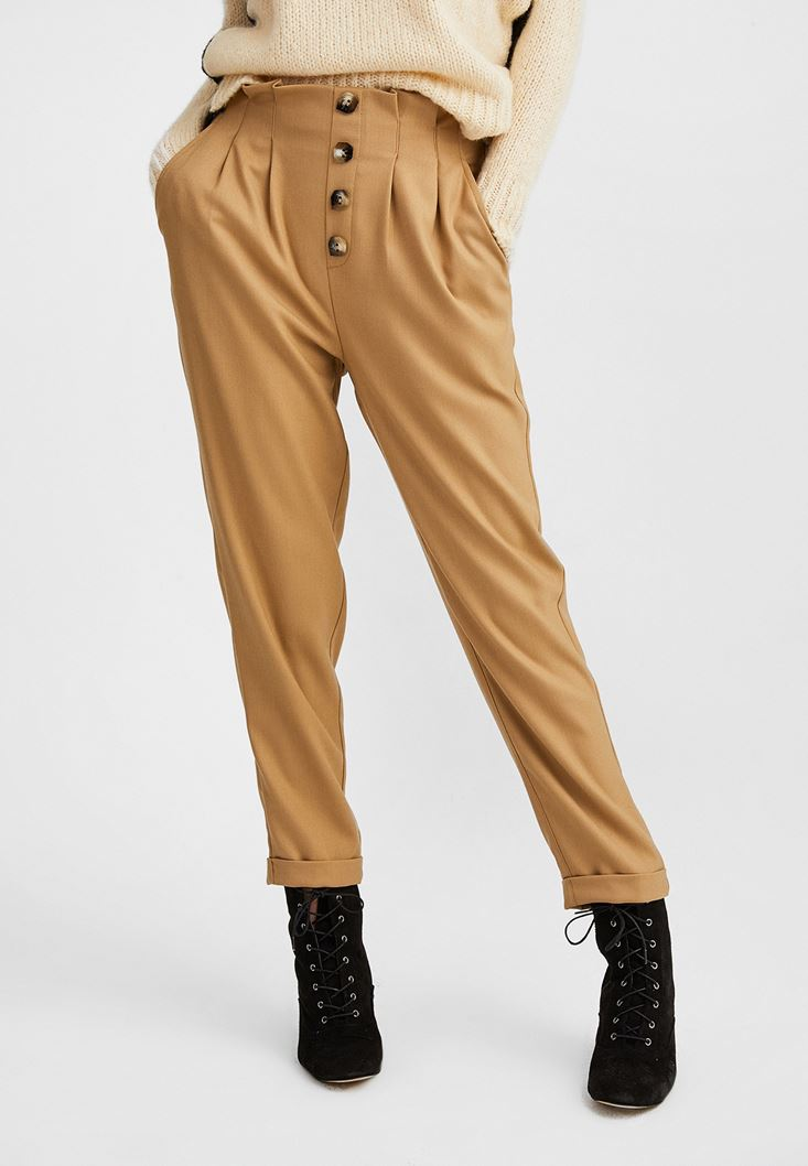 Kahverengi Yüksek Belli Düğme Detaylı Pantolon