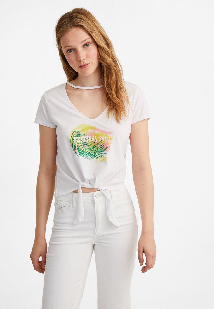 Beyaz Bağlama Detaylı Baskılı Tişört