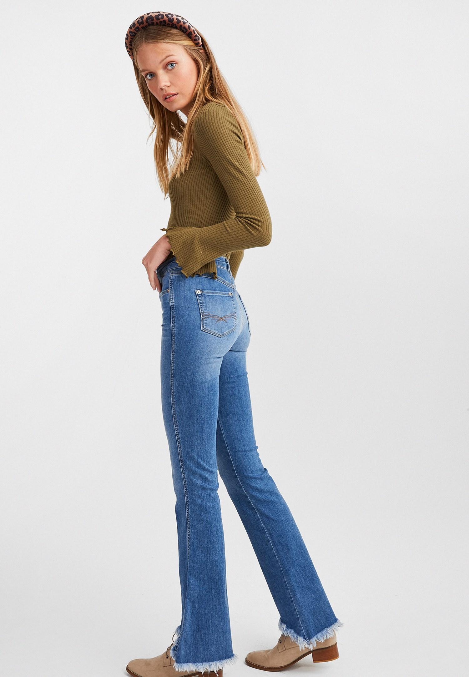 Bayan Mavi Yüksek Belli Flare Paça Denim Pantolon