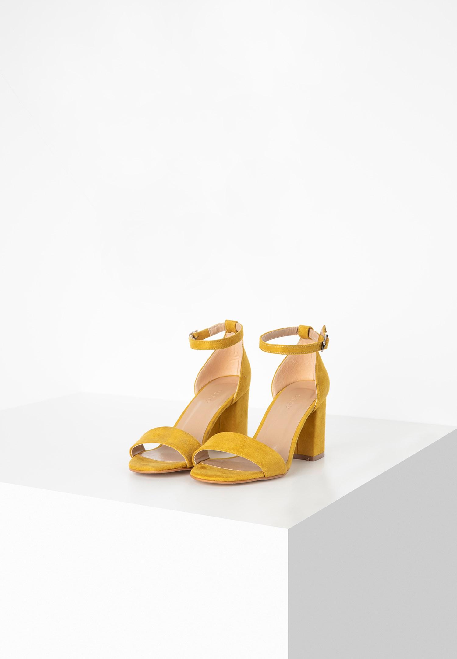 Bayan Sarı Tek Bantlı Topuklu Ayakkabı