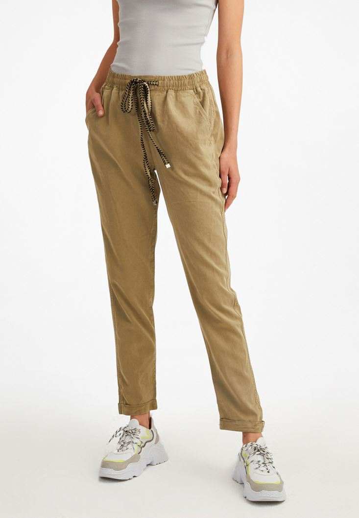 Yeşil Beli Lastikli Havuç Kesim Pantolon