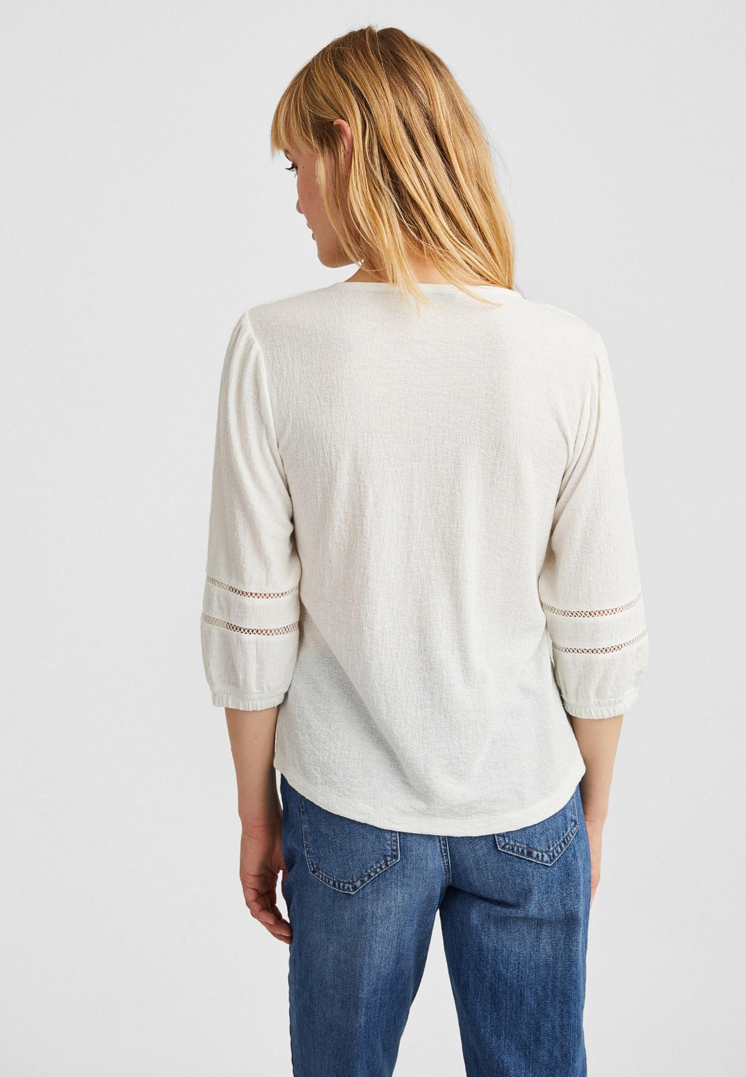 Bayan Krem Bağlama ve Dantel Detaylı Bluz