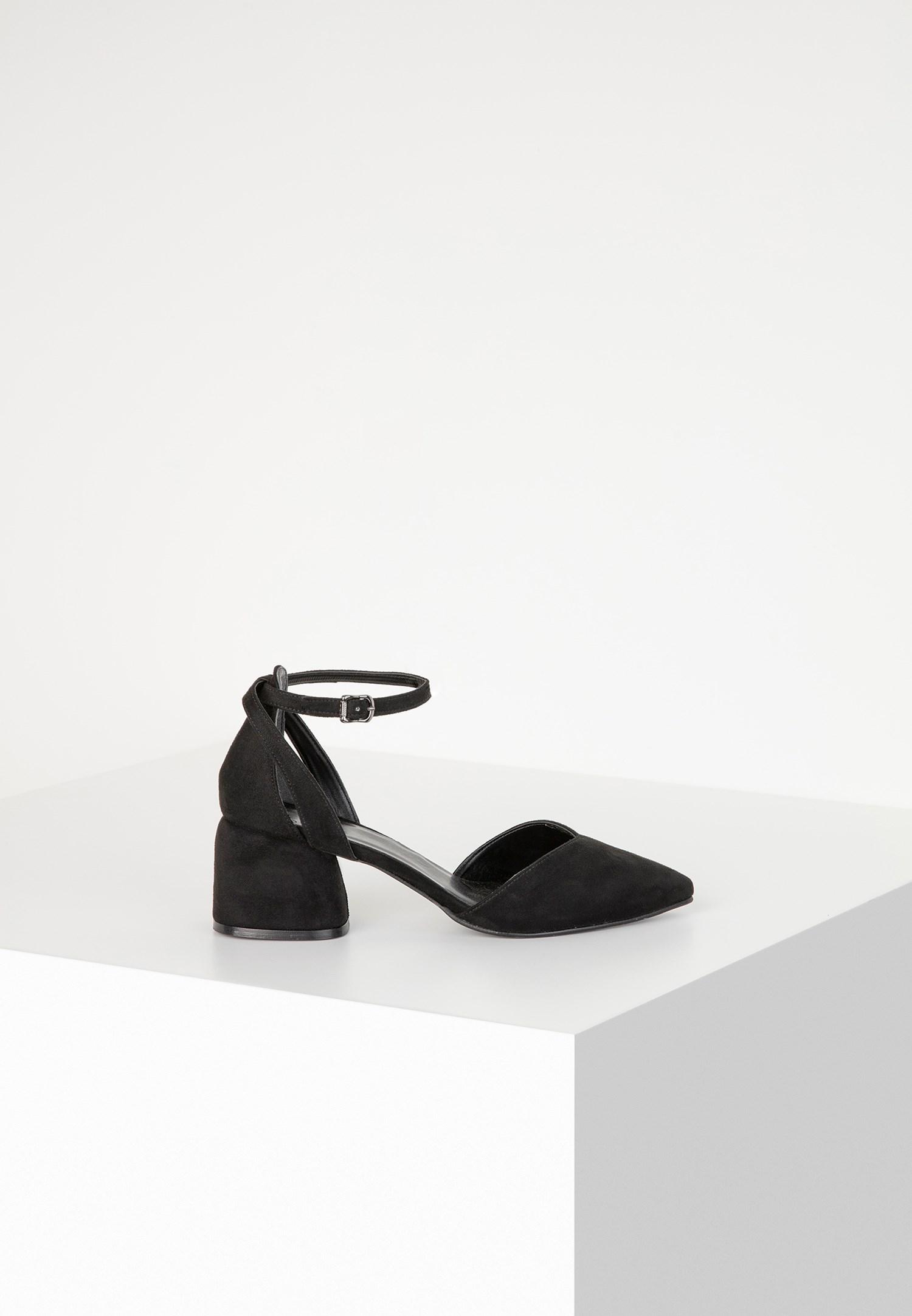 Bayan Siyah Topuklu Ayakkabı