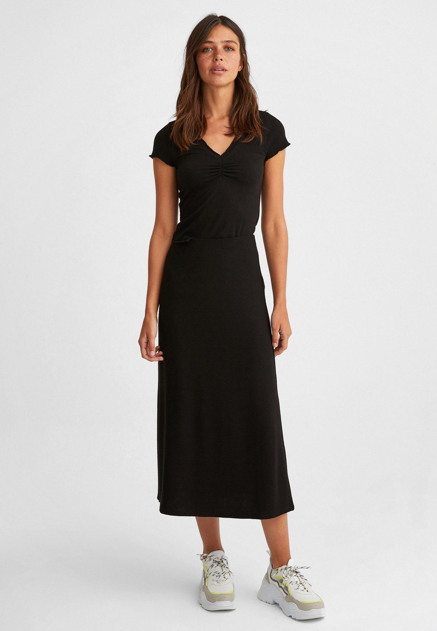 Bayan Siyah V Yaka Bluz
