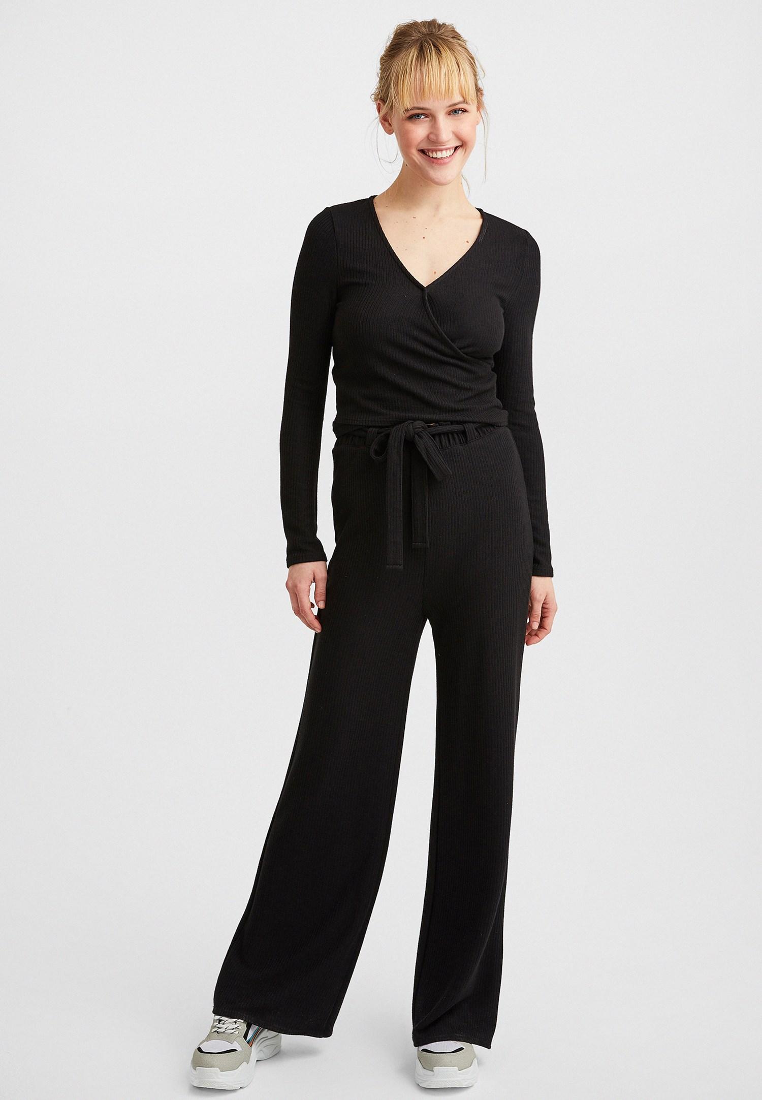 Bayan Siyah Uzun Kollu Kruvaze Bluz