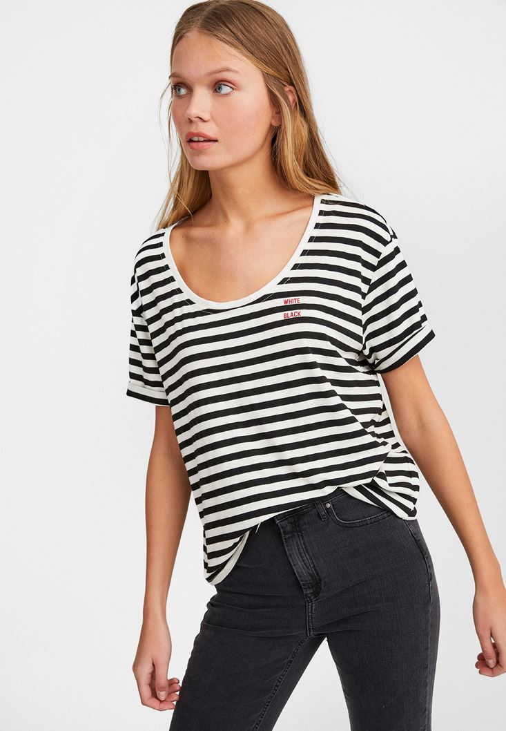 Mixed U Neck T-shirt with Stripe
