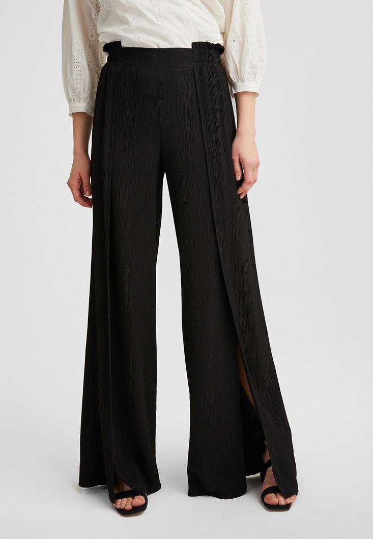 Siyah Yırtmaç Detaylı Bol Paça Pantolon