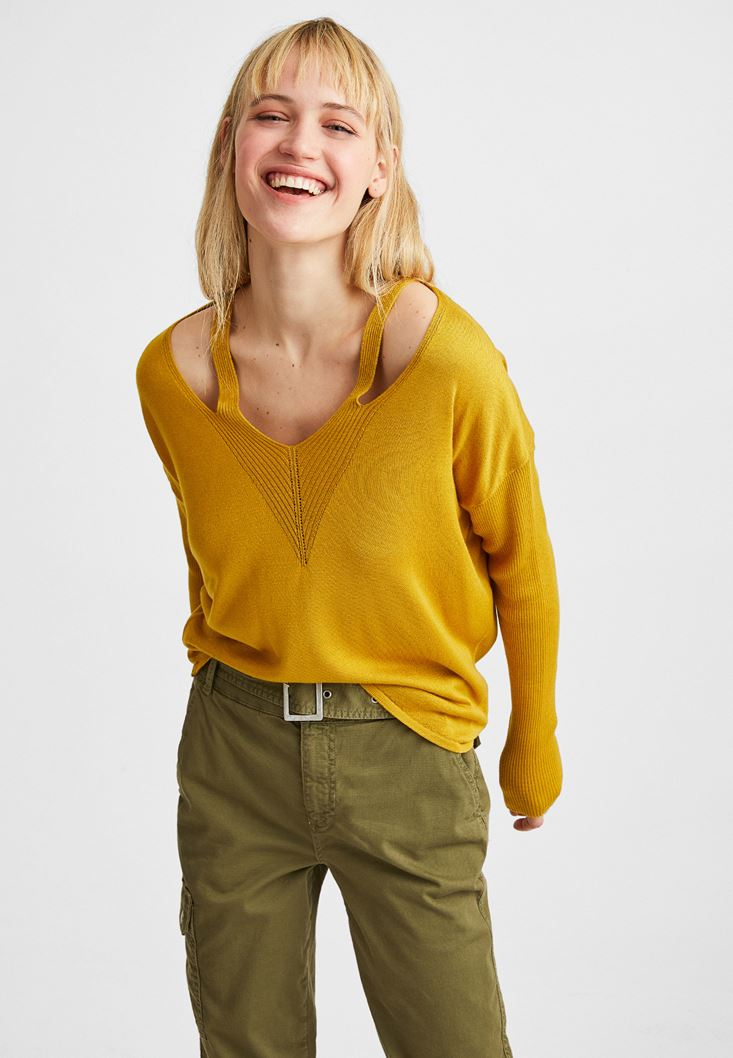 Yellow V-Neck Cut Out Detailed Pullover