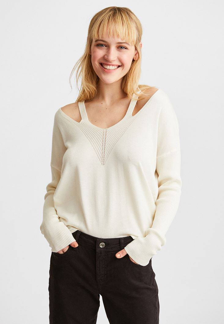 Cream V-Neck Cut Out Detailed Pullover