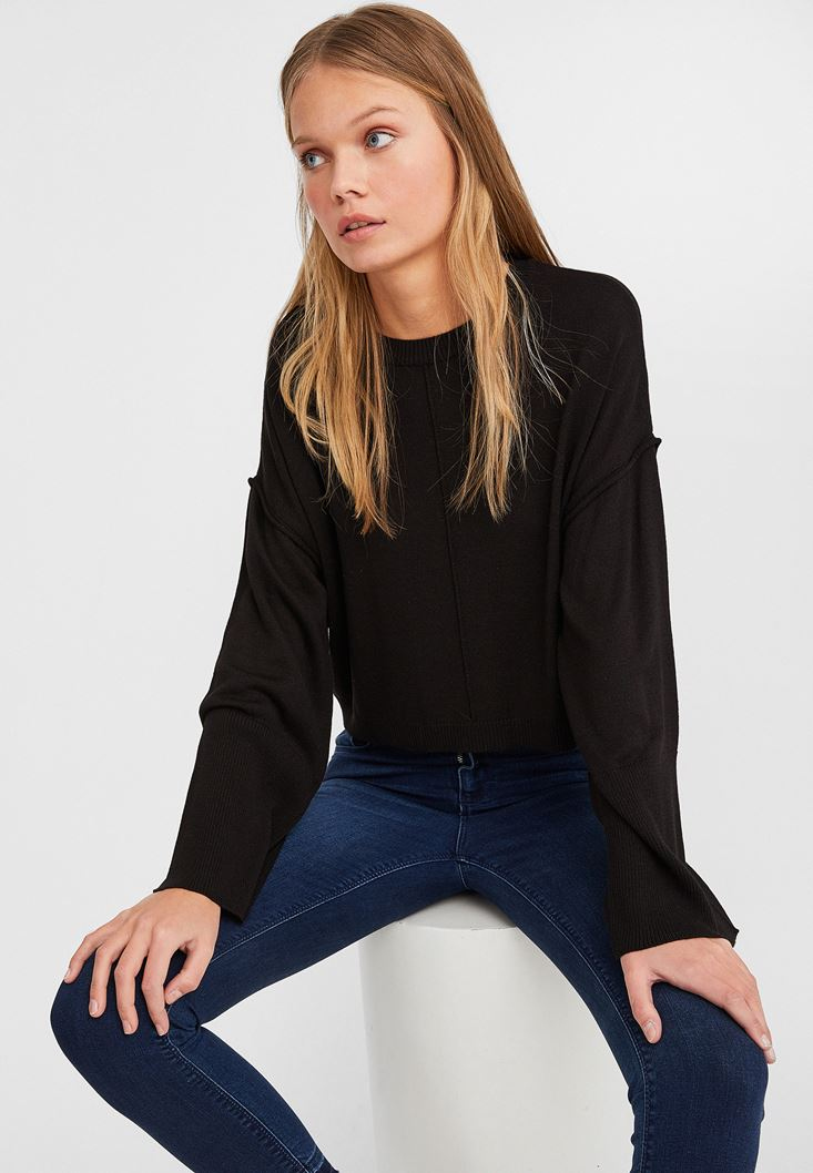Black Boot Neck Cropped Knitwear