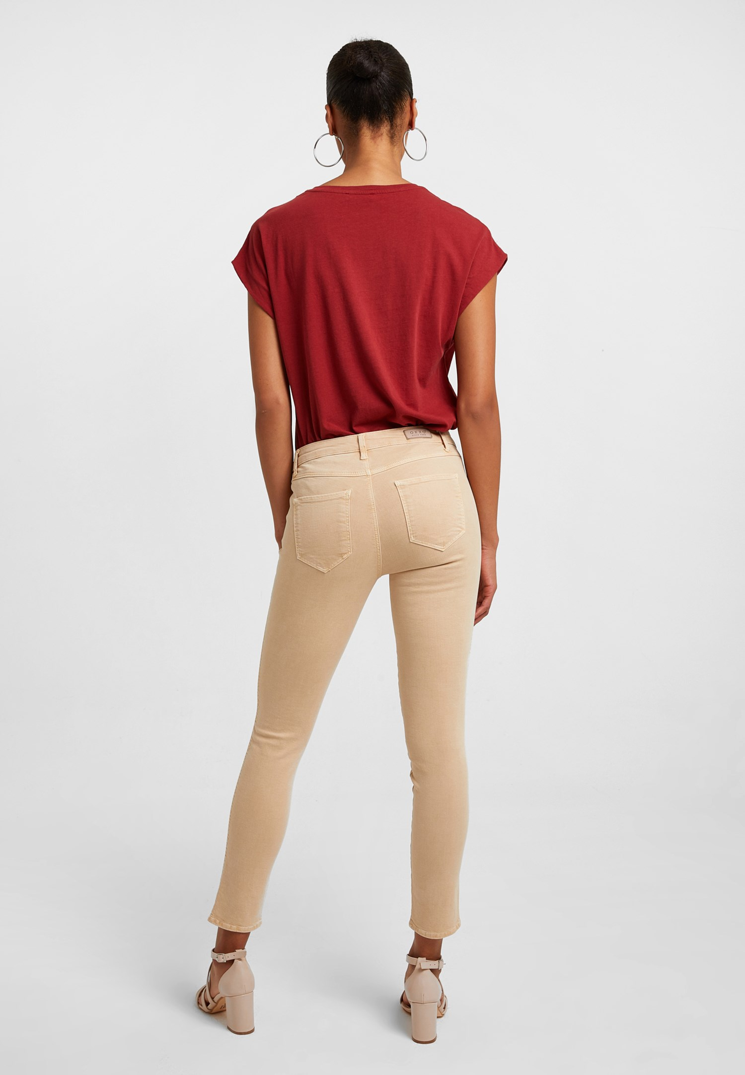 Women Cream Mid Rise Skinny Pants