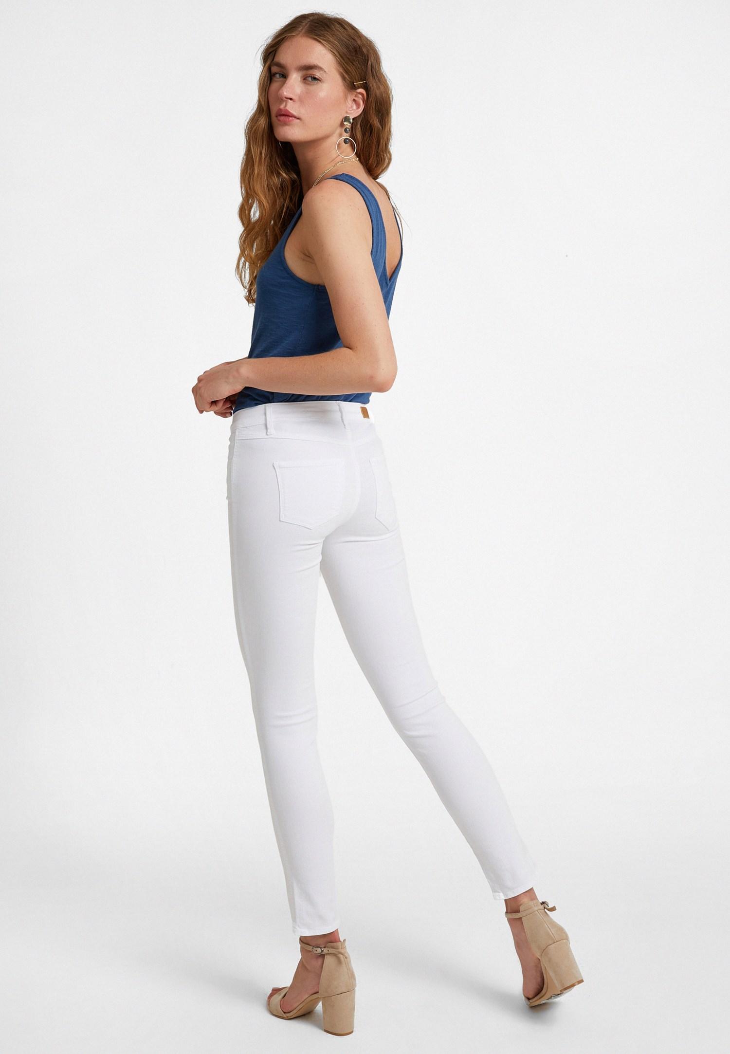 Bayan Beyaz Orta Bel Dar Paça Pantolon